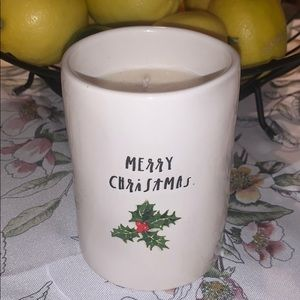 Rae Dunn scented candle HOLLY BERRY WREATH